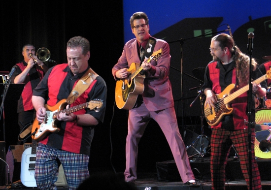 ANTSY MCCLAIN & The Troubadours