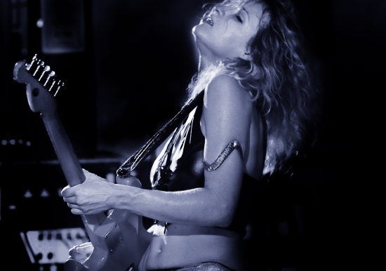 ANA POPOVIC       with special guest Mumblefinger